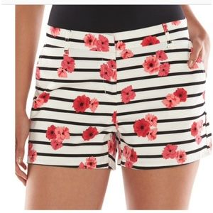 2 FOR $20 Elle poppy striped chino shorts size 4